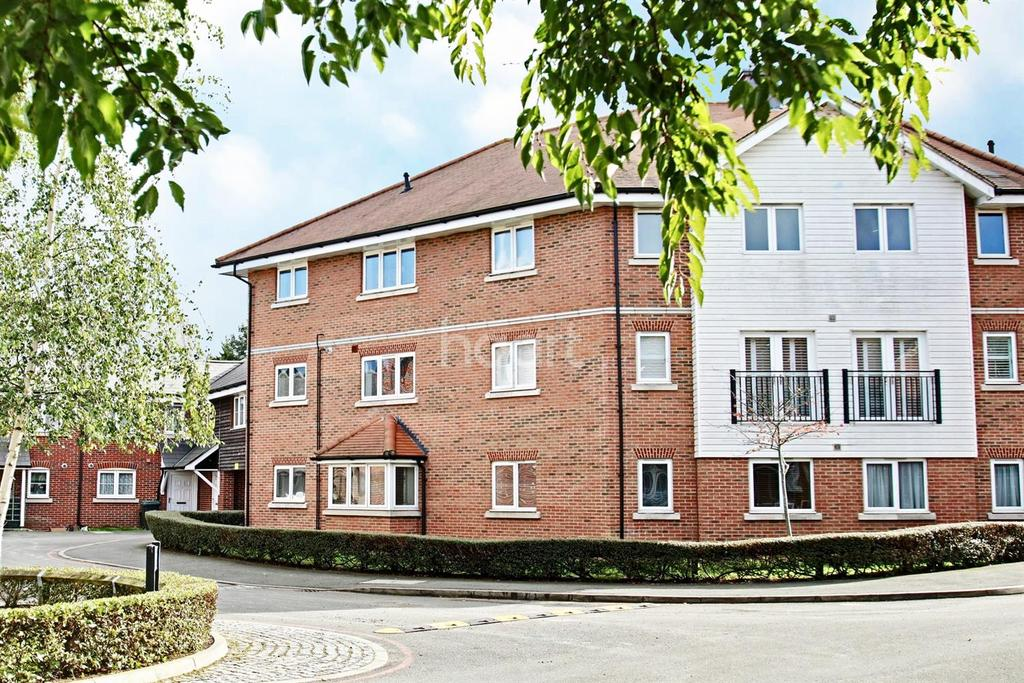 2 Bedrooms Flat for sale in Kings Langley, WD4