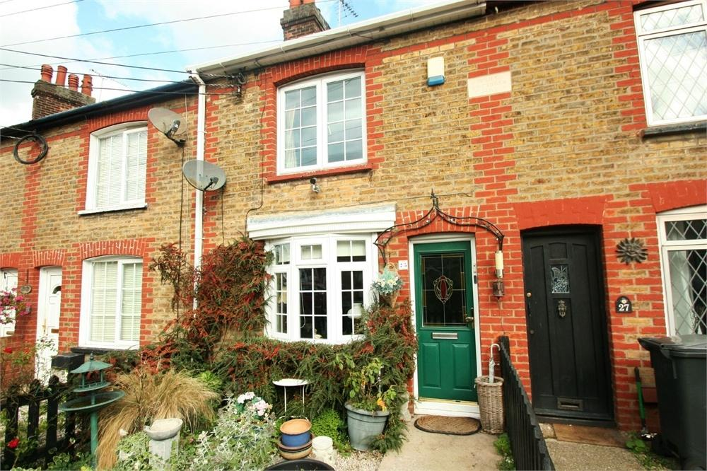 2 Bedrooms Terraced House for sale in Cressing Road, BRAINTREE, Essex