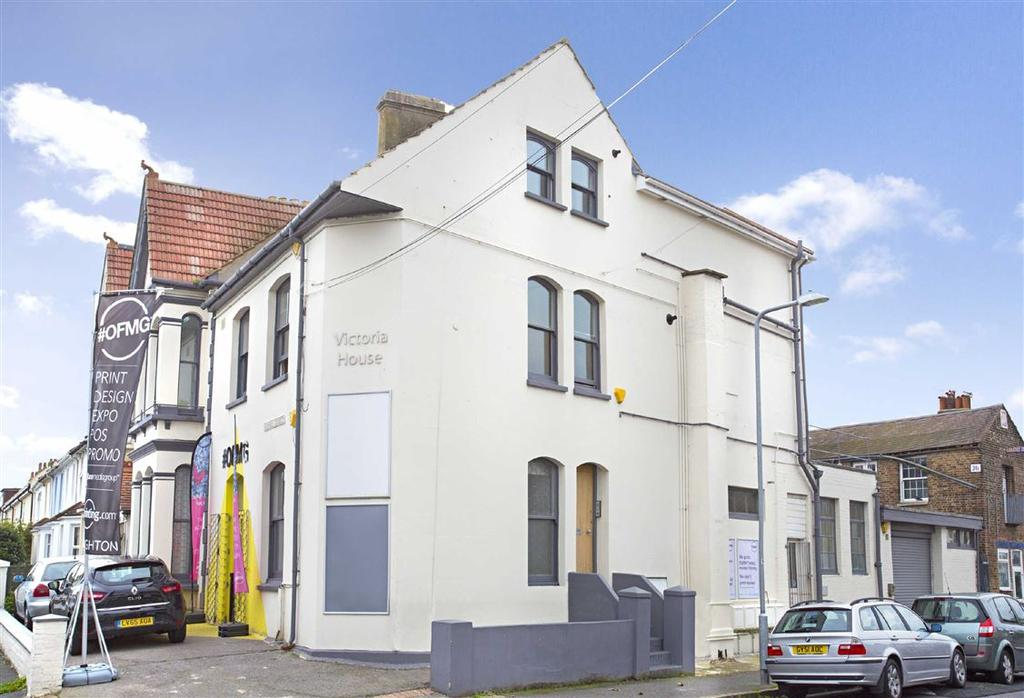 2 Bedrooms Flat for sale in Vale Road, Portslade
