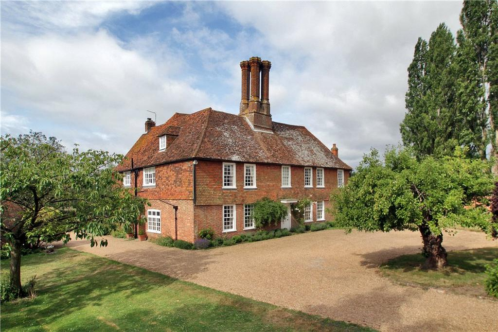 6 Bedrooms Farm House Character Property for sale in Pagehurst Road, Staplehurst, Kent, TN12