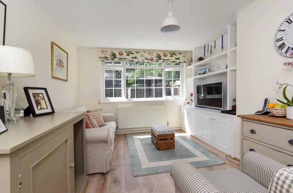3 Bedrooms House for sale in Dowdeswell Close, Putney