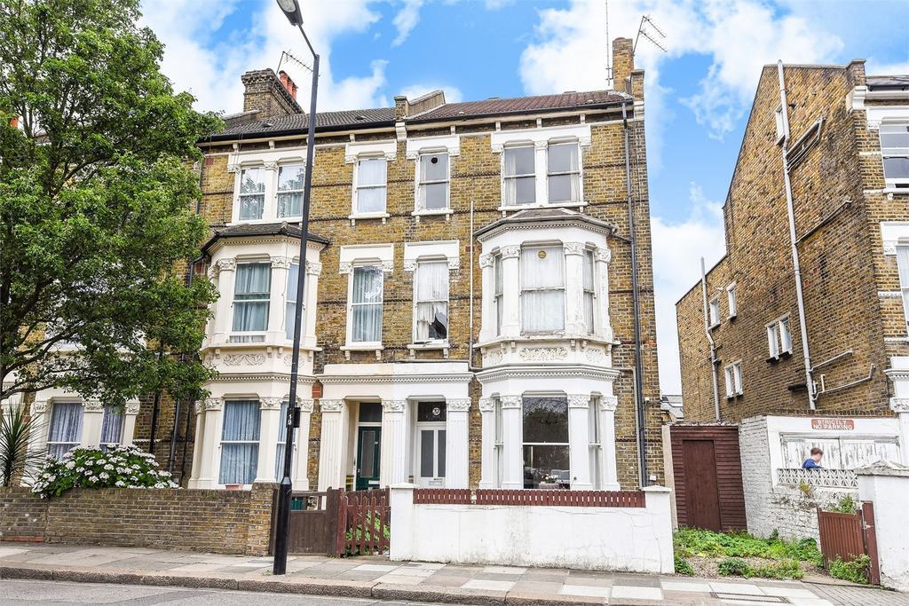 1 Bedroom Flat for sale in SALTRAM CRESCENT, LONDON