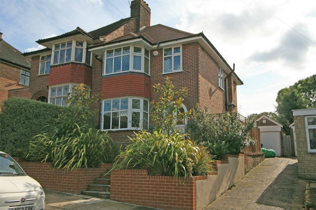 3 Bedrooms Semi Detached House for sale in Leamington Avenue, Bromley, Kent