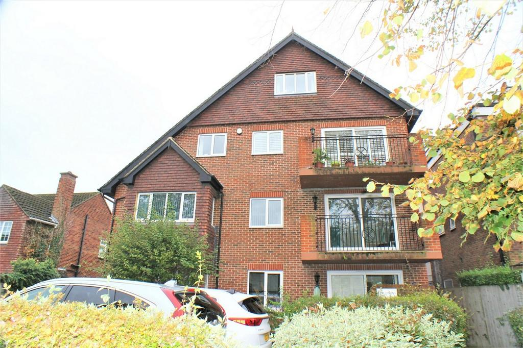2 Bedrooms Flat for sale in 9 Court Downs Road, Beckenham
