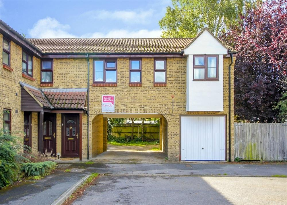 1 Bedroom Maisonette Flat for sale in Hythe Close, Forest Park, Bracknell