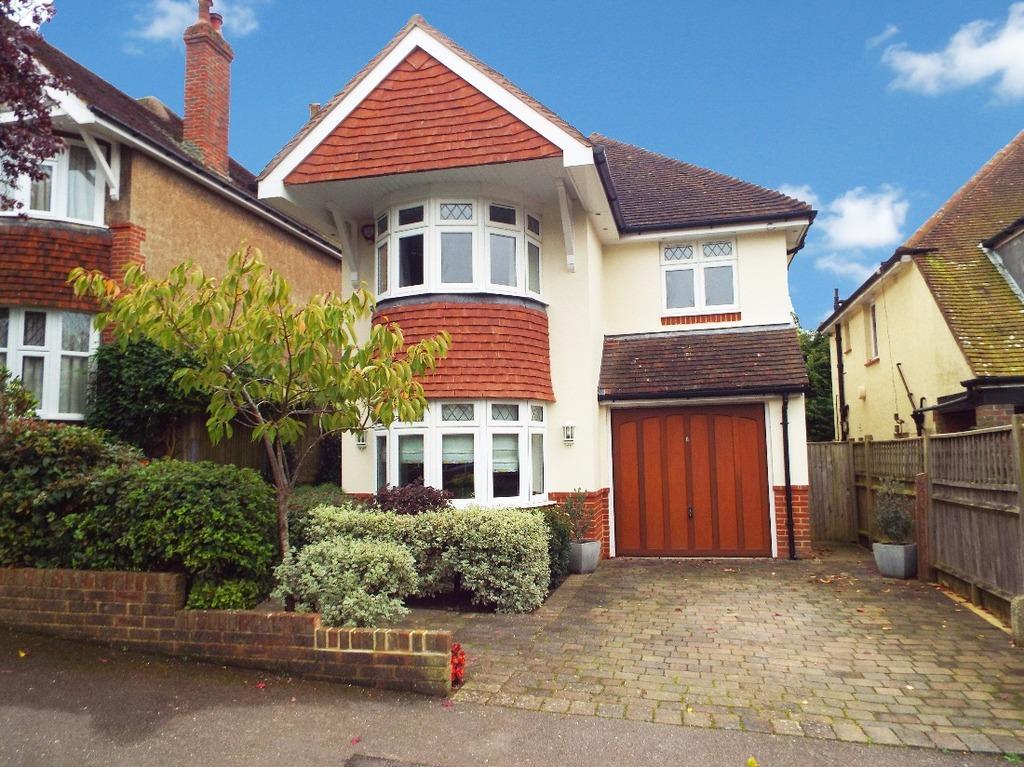 4 Bedrooms Detached House for sale in Varndean Gardens Brighton East Sussex BN1