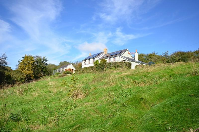4 Bedrooms Land Commercial for sale in Bronallt , Capel Iwan, Newcastle Emlyn, Carmarthenshire. SA38 9LY