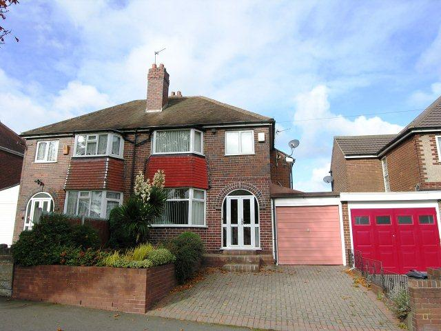 3 Bedrooms Semi Detached House for sale in Kingstanding Road,Kingstanding,Birmingham