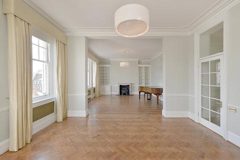 4 bedroom apartment to rent - South Street, Mayfair, London, W1K