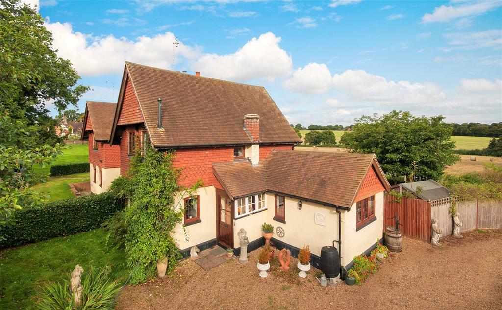 2 Bedrooms Semi Detached House for sale in Wimland Road, Rusper, Horsham, West Sussex, RH12