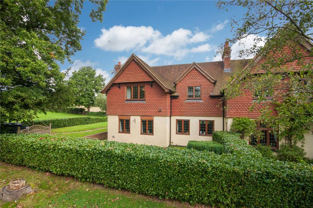 3 Bedrooms Semi Detached House for sale in Wimland Road, Rusper, Horsham, West Sussex, RH12