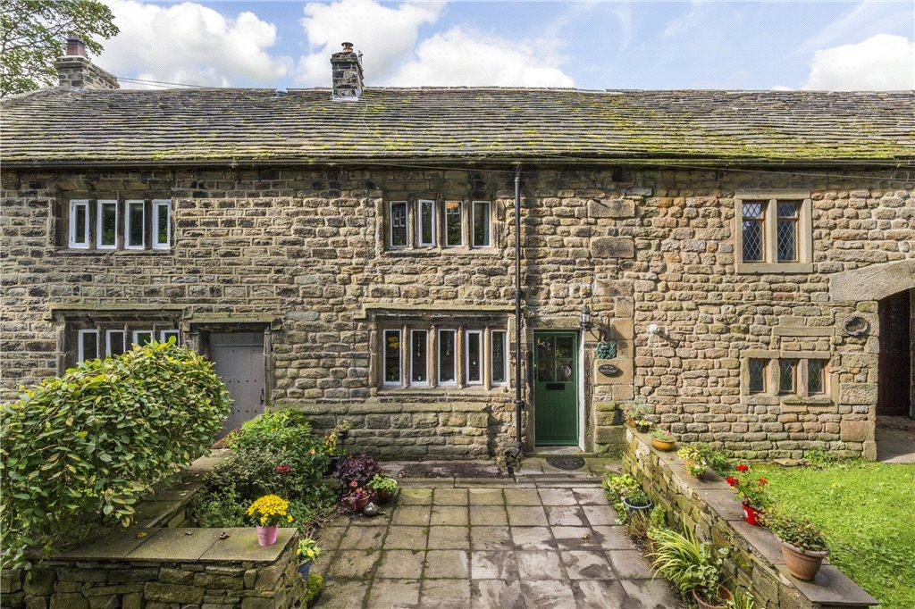 2 Bedrooms Unique Property for sale in Lane Top, Winewall, Colne, Lancashire