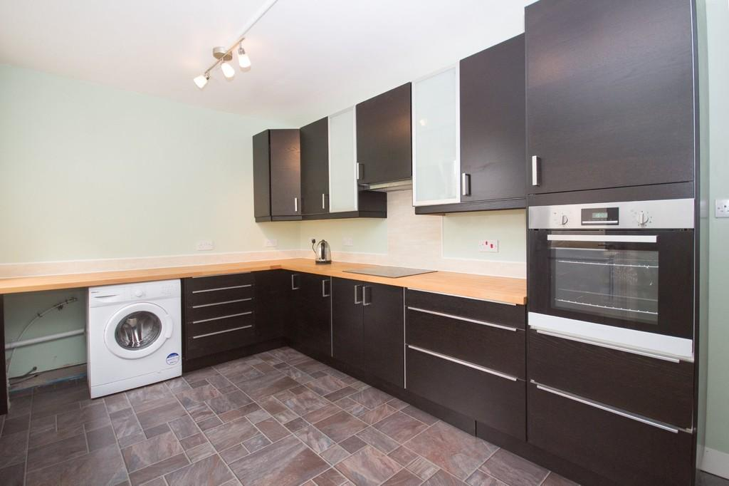 3 Bedrooms Terraced House for sale in Oxford Street, Barrow-In-Furness