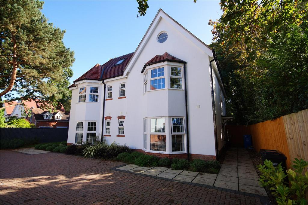 4 Bedrooms Semi Detached House for sale in The Grove, 25 Forest Road, Poole, Dorset, BH13