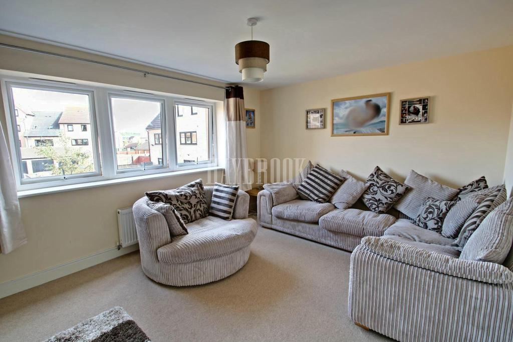 4 Bedrooms Terraced House for sale in Haydock Avenue, Dinnington