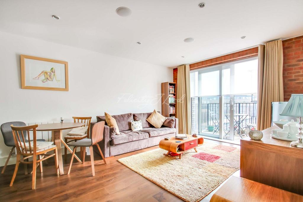2 Bedrooms Flat for sale in Woolwich Arsenal, SE18