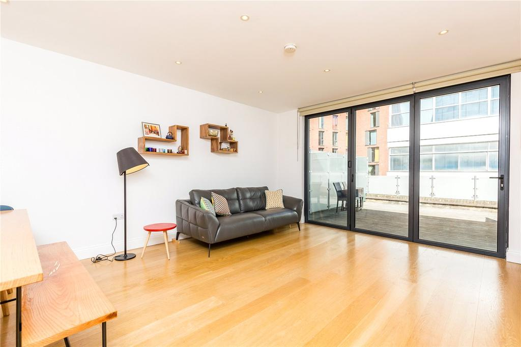 3 Bedrooms Penthouse Flat for sale in Corsham Street, N1