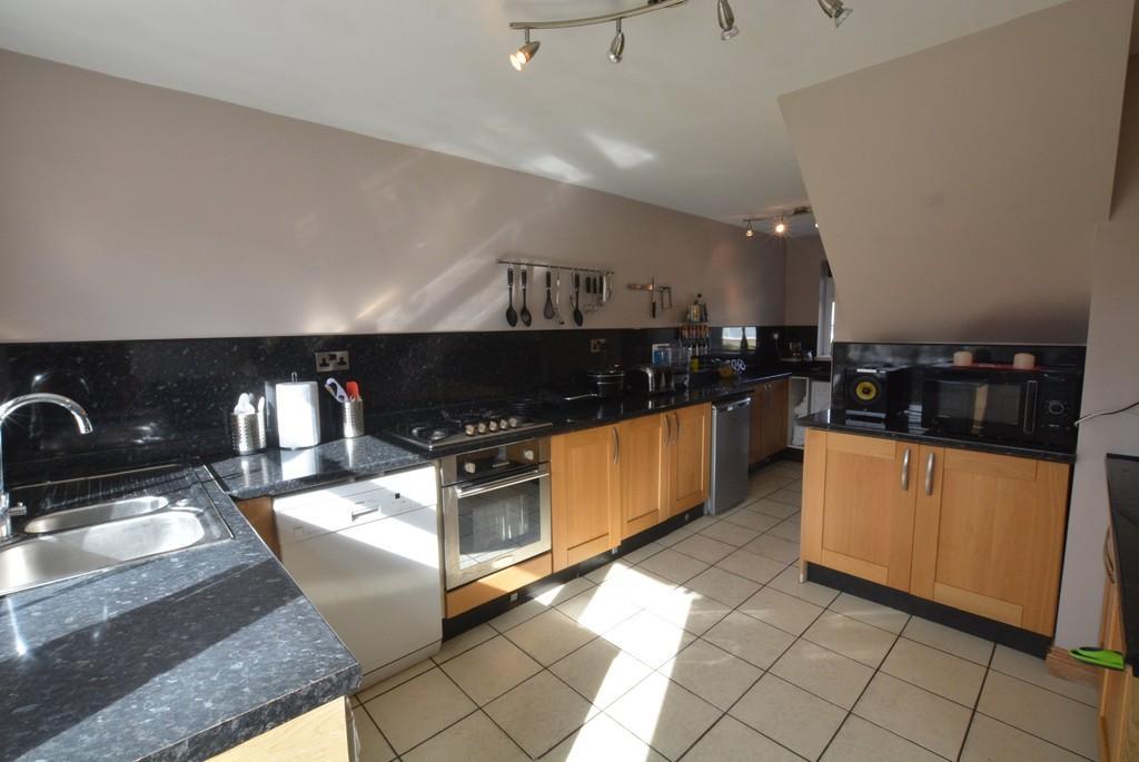 3 Bedrooms Terraced House for sale in Elsie Street, Goole