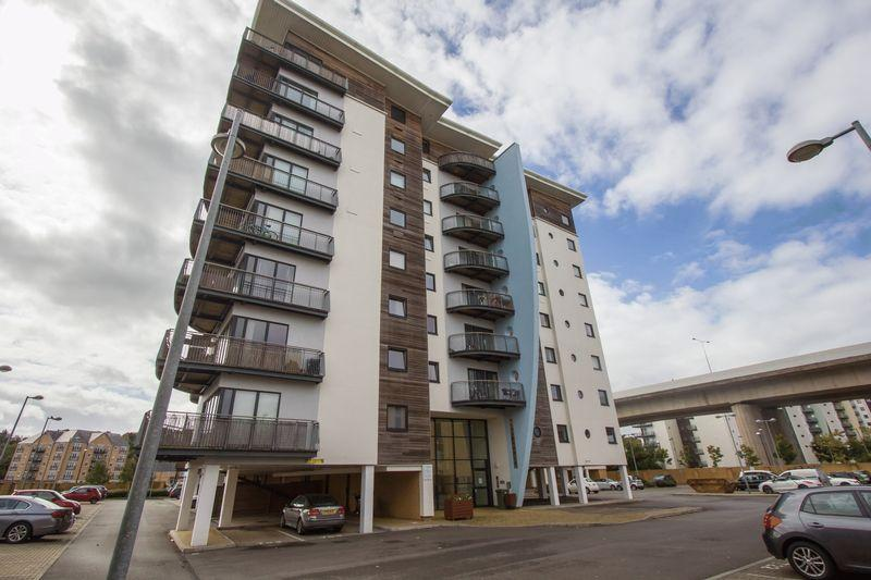 2 Bedrooms Apartment Flat for sale in Victoria Wharf, Cardiff