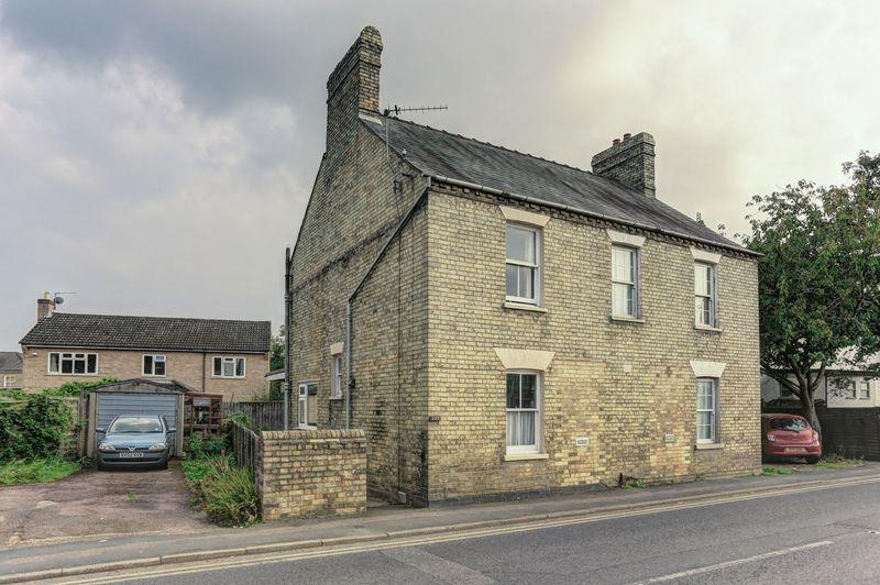 2 Bedrooms Semi Detached House for sale in High Street, Cottenham