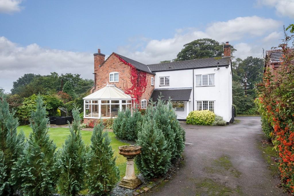 4 Bedrooms Detached House for sale in Rosemount Farm, Tarporley, CW6 0HS
