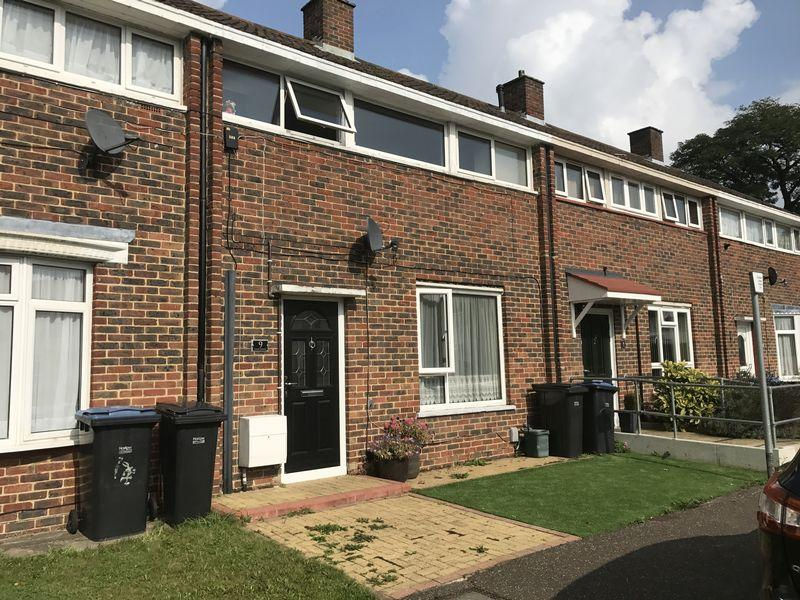 2 Bedrooms Terraced House for sale in Cooks Spinney, Harlow