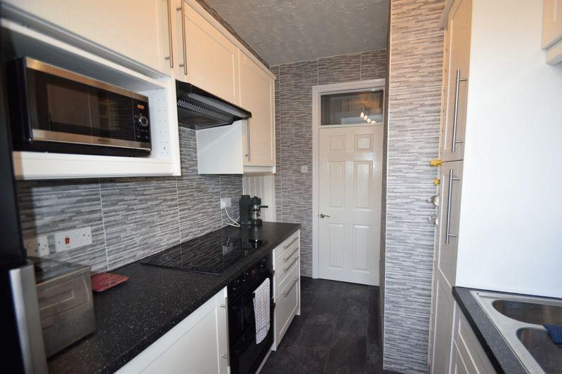 1 Bedroom Apartment Flat for sale in Northview Drive, Westcliff-On-Sea