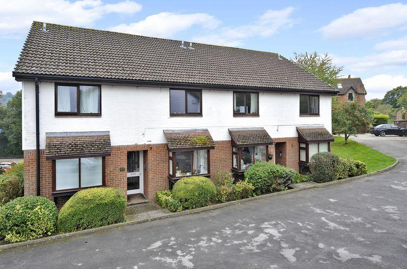1 Bedroom Apartment Flat for sale in Godalming, Surrey, GU7