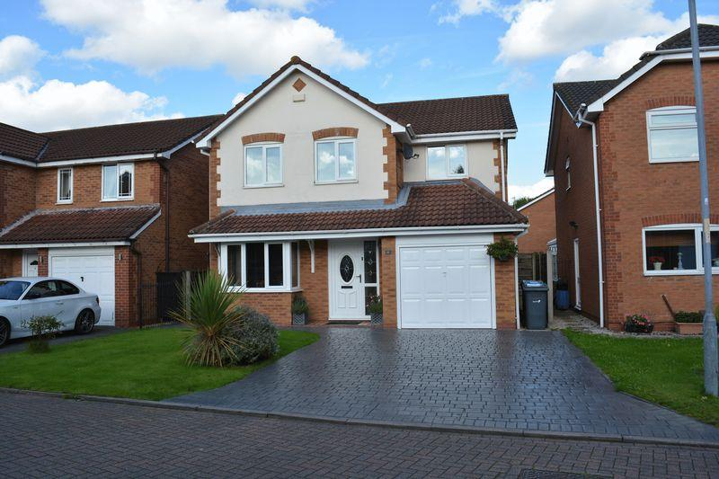 4 Bedrooms Detached House for sale in Brathay Close, Orford, Warrington