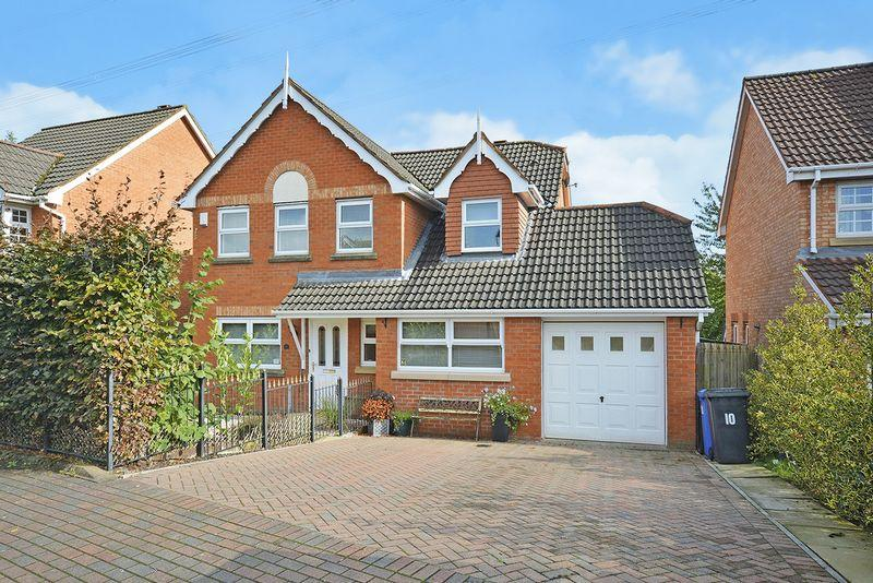 4 Bedrooms Detached House for sale in Dereham Way, Sandymoor