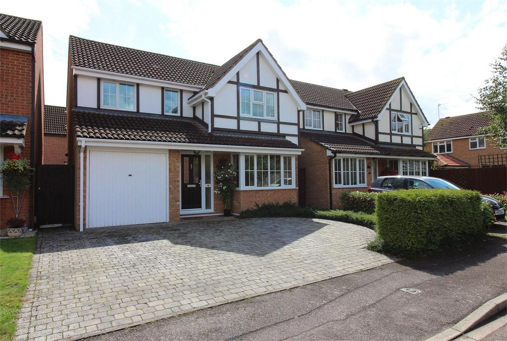 4 Bedrooms Detached House for sale in Grieg Close, Shefford, SG17