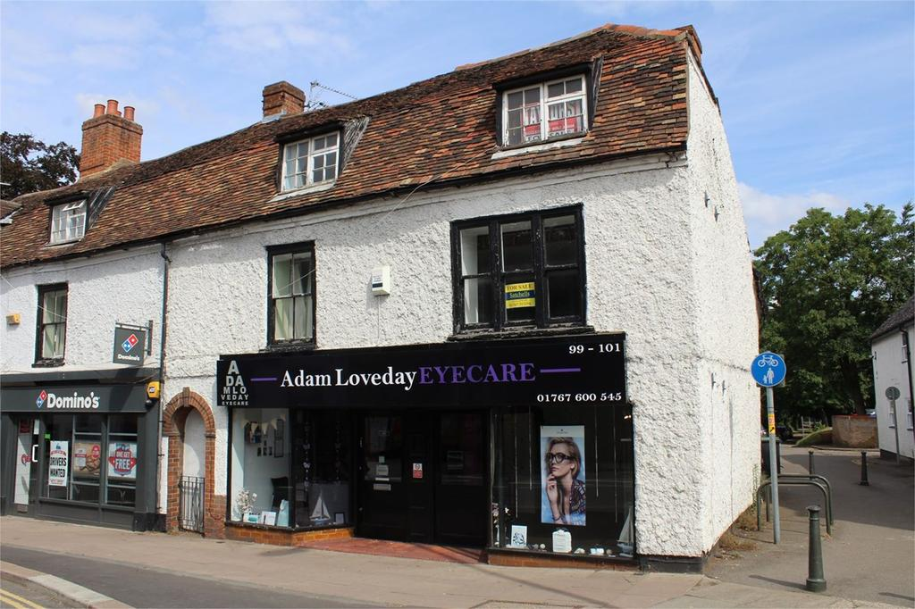3 Bedrooms Flat for sale in High Street, Biggleswade, SG18