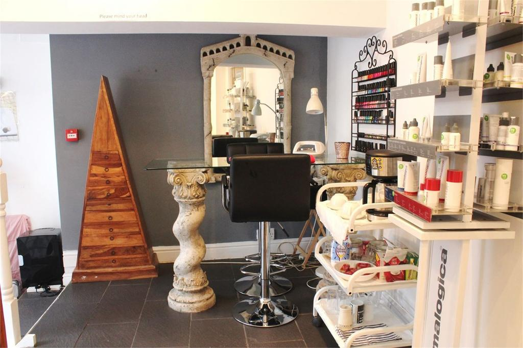 Beauty Room To Rent Bedfordshire