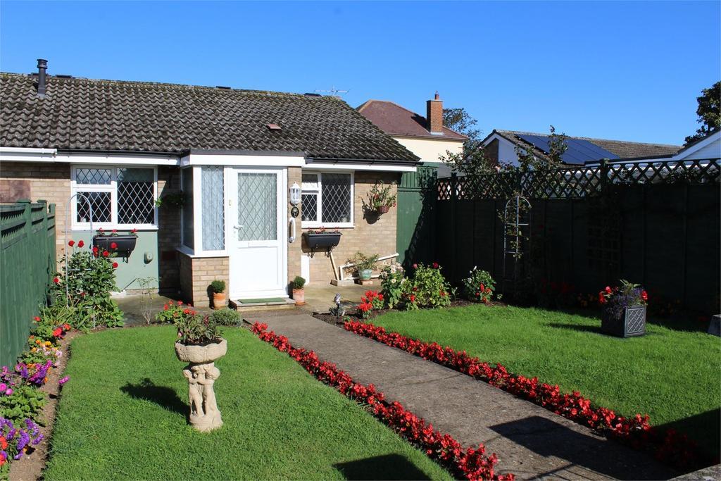 1 Bedroom Terraced Bungalow for sale in Sandy View, Biggleswade, SG18