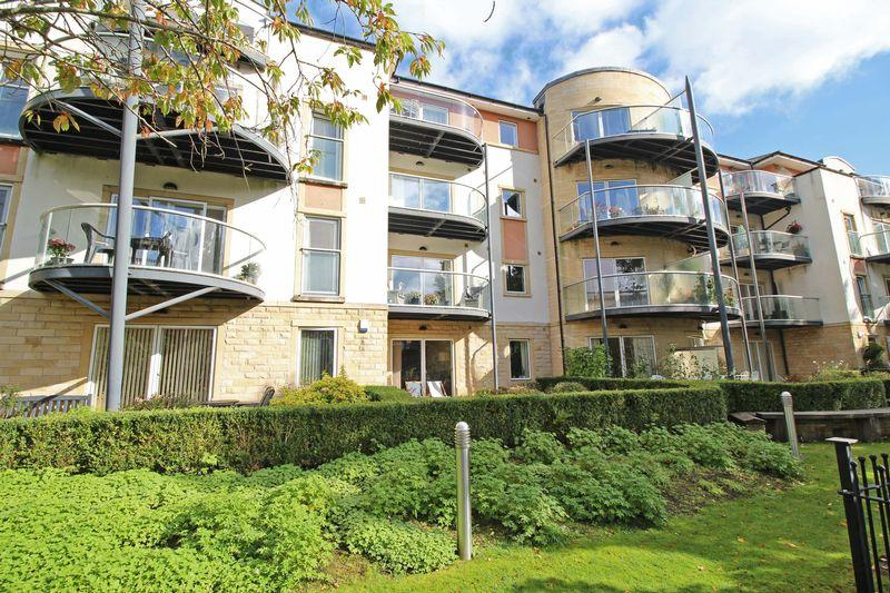 2 Bedrooms Apartment Flat for sale in Mill Street, Llangollen