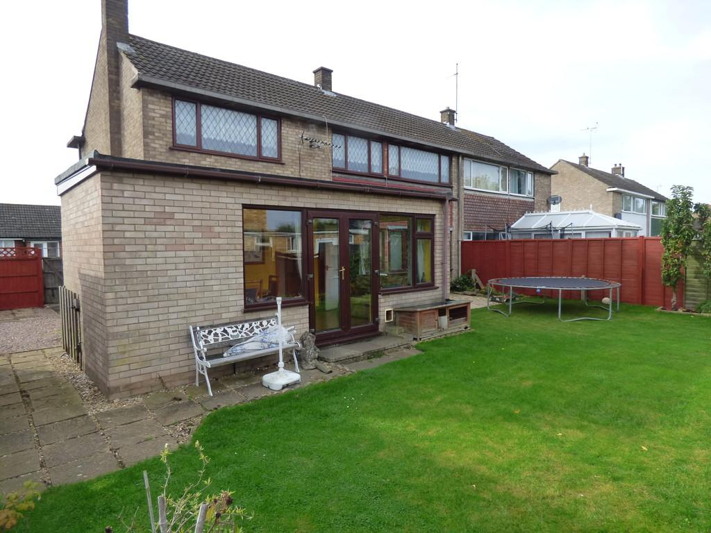 4 Bedrooms Semi Detached House for sale in Fennell Road, Pinchbeck