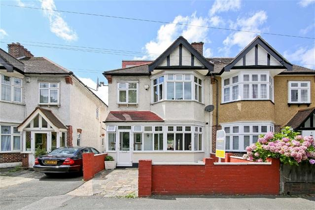 5 Bedrooms House for sale in Woodford New Road, Walthamstow