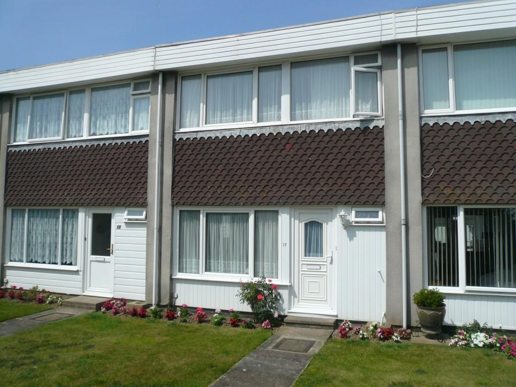2 Bedrooms Terraced House for sale in Eastergate Green, Rustington