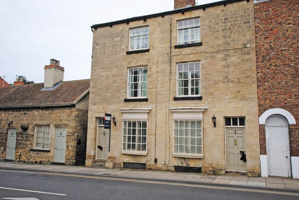 3 Bedrooms Town House for rent in High Street, Knaresborough