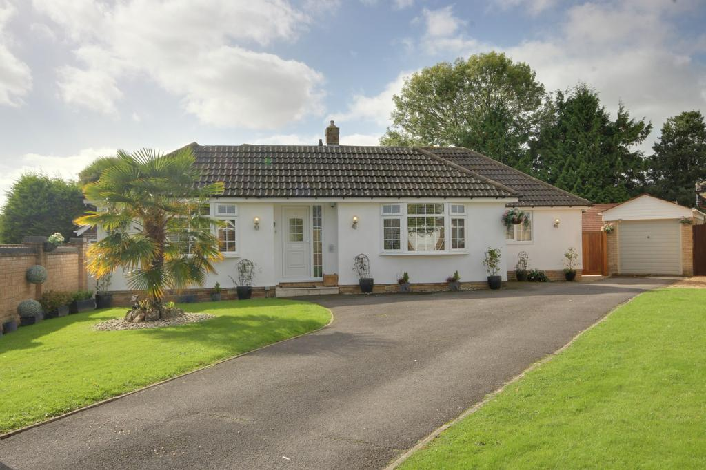 3 Bedrooms Detached Bungalow for sale in WATERLOOVILLE