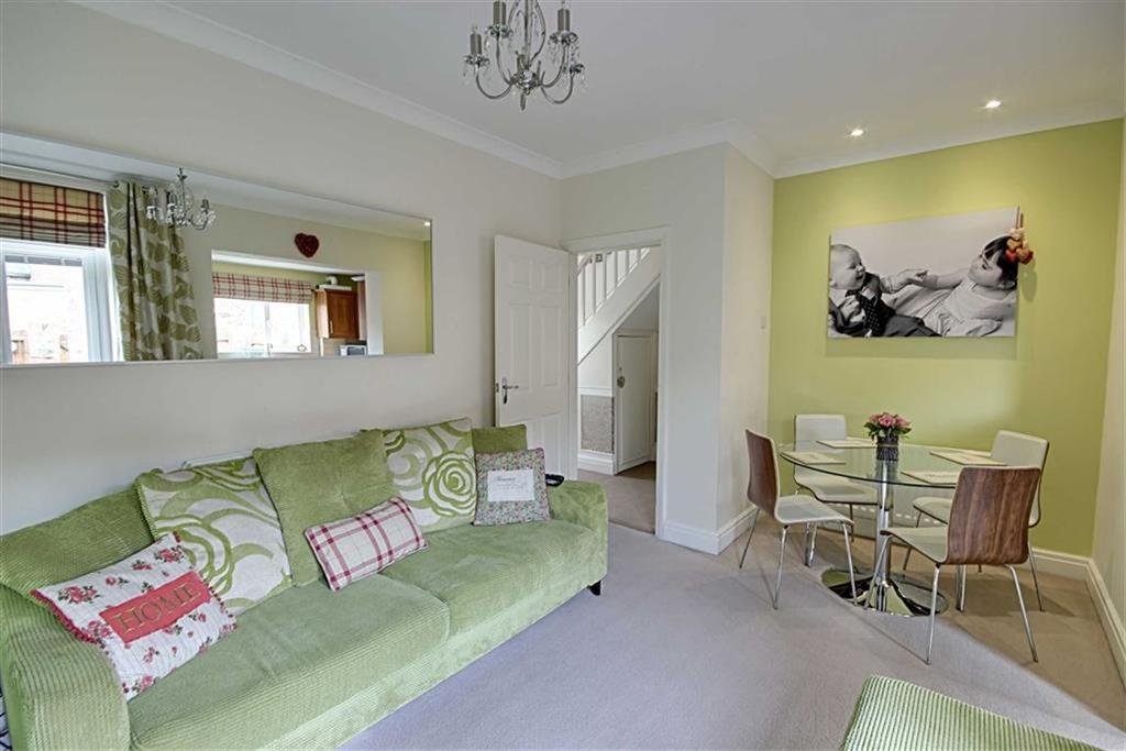 3 Bedrooms Terraced House for sale in Reading Road, South Shields, Tyne And Wear