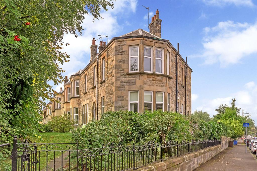 3 Bedrooms Flat for sale in 300A Kilmarnock Road, Newlands, Glasgow, G43
