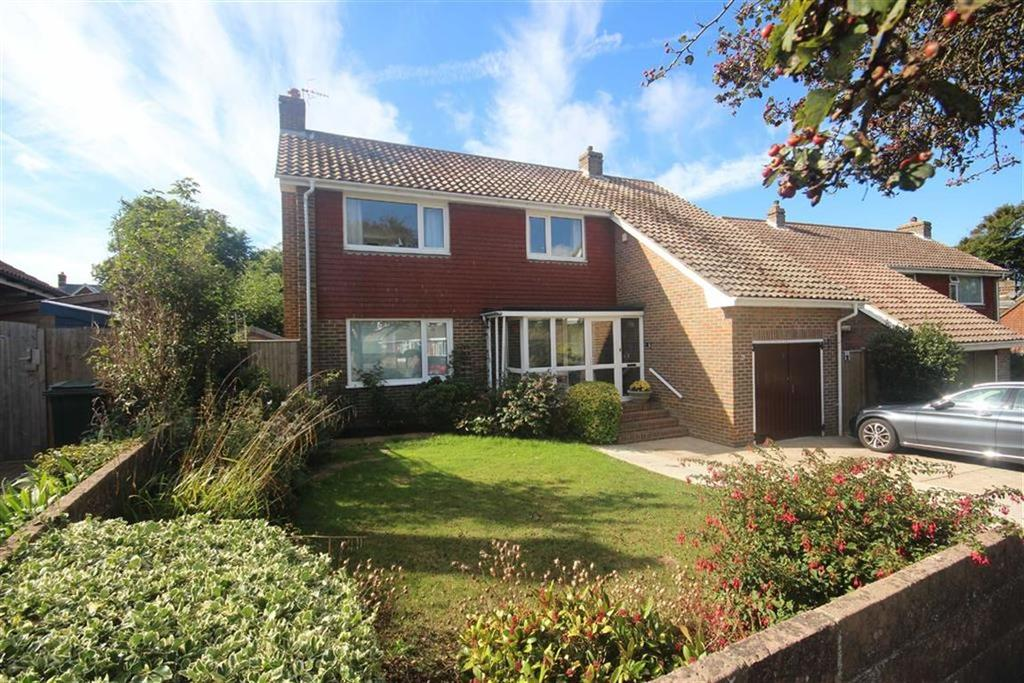 3 Bedrooms Detached House for sale in Chesterton Drive, Seaford