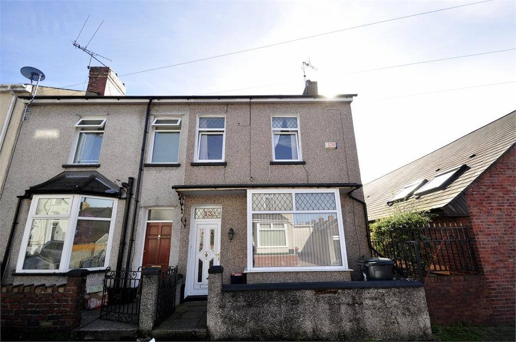 3 Bedrooms End Of Terrace House for sale in Stafford Road , St Julian's , Newport, Gwent . NP19 7DQ