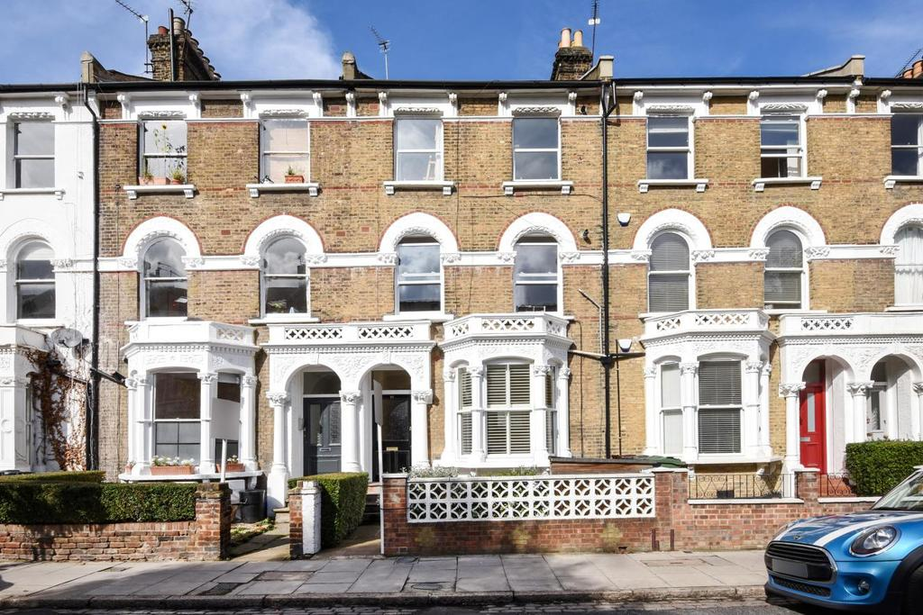 3 Bedrooms Flat for sale in Digby Crescent, Finsbury Park