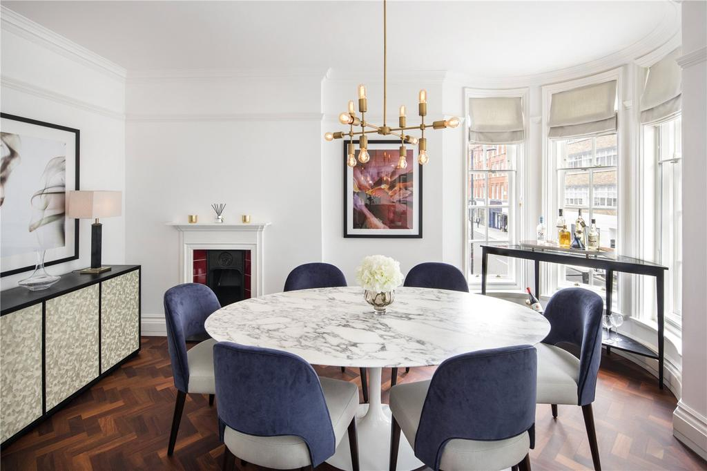 4 Bedrooms Penthouse Flat for sale in Portland Riding, Great Portland StreetLondon, London, W1W
