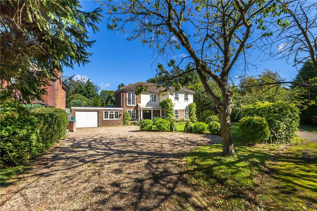4 Bedrooms Detached House for sale in Burton Close, Wheathampstead, St. Albans, Hertfordshire