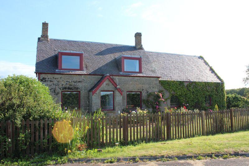 4 Bedrooms Cottage House for sale in Orang Lane, Coldstream TD12