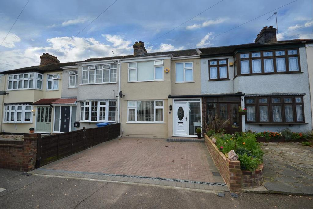 3 Bedrooms Terraced House for sale in Acacia Avenue, Hornchurch, Essex, RM12
