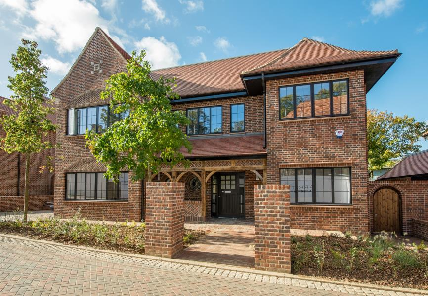 6 Bedrooms House for rent in Chandos Way, Golders Green, NW3